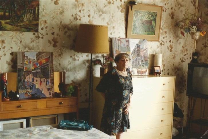 Berthe dans son appartement d'Aix en Provence